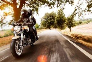 Motorrad für den Sommer fit machen