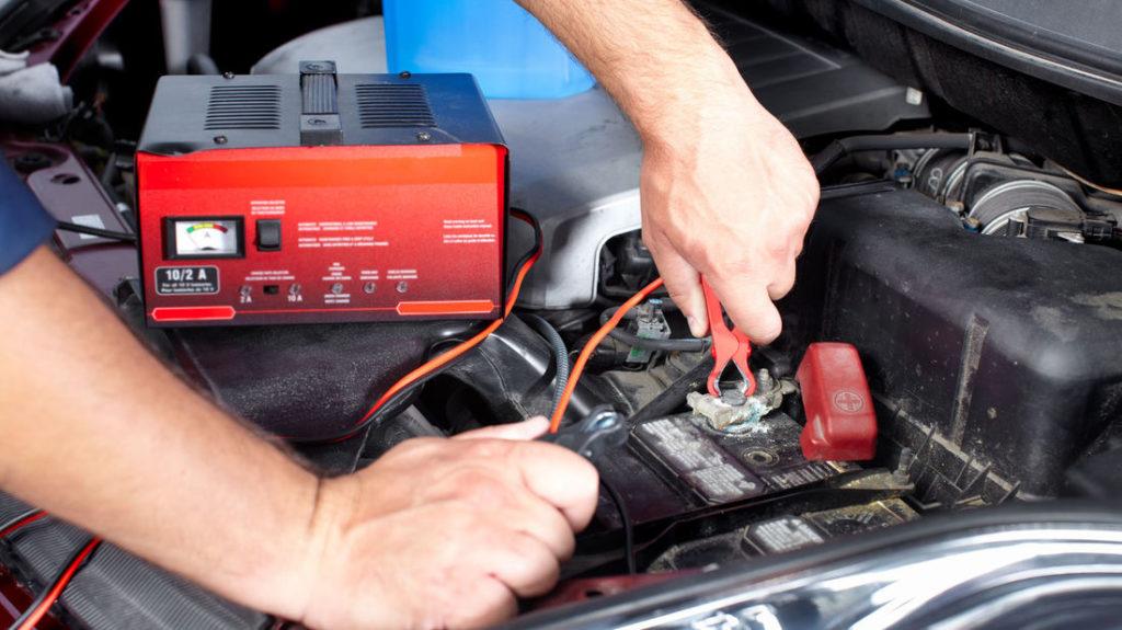 Autobatterie Ladegerät